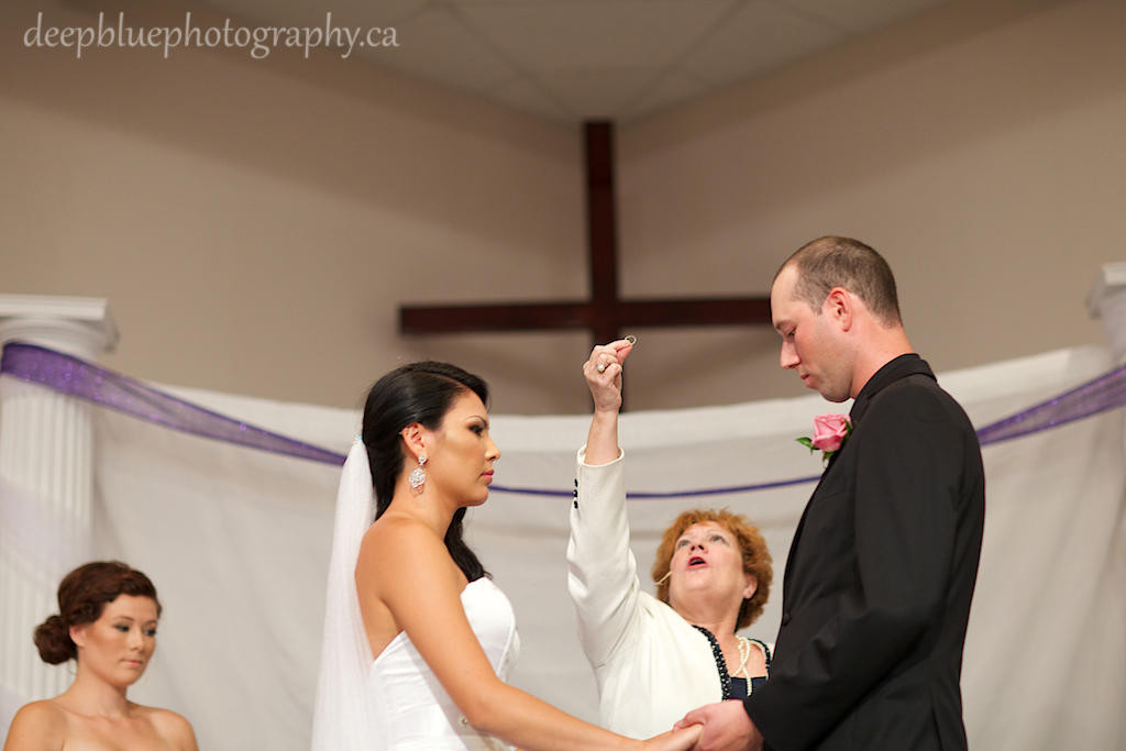 Leduc Wedding Photography Ceremony Picture with officiant