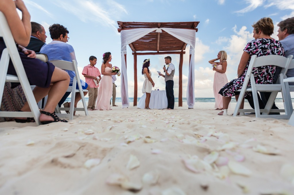 how to plan a destination wedding - Beach Wedding in Mexico