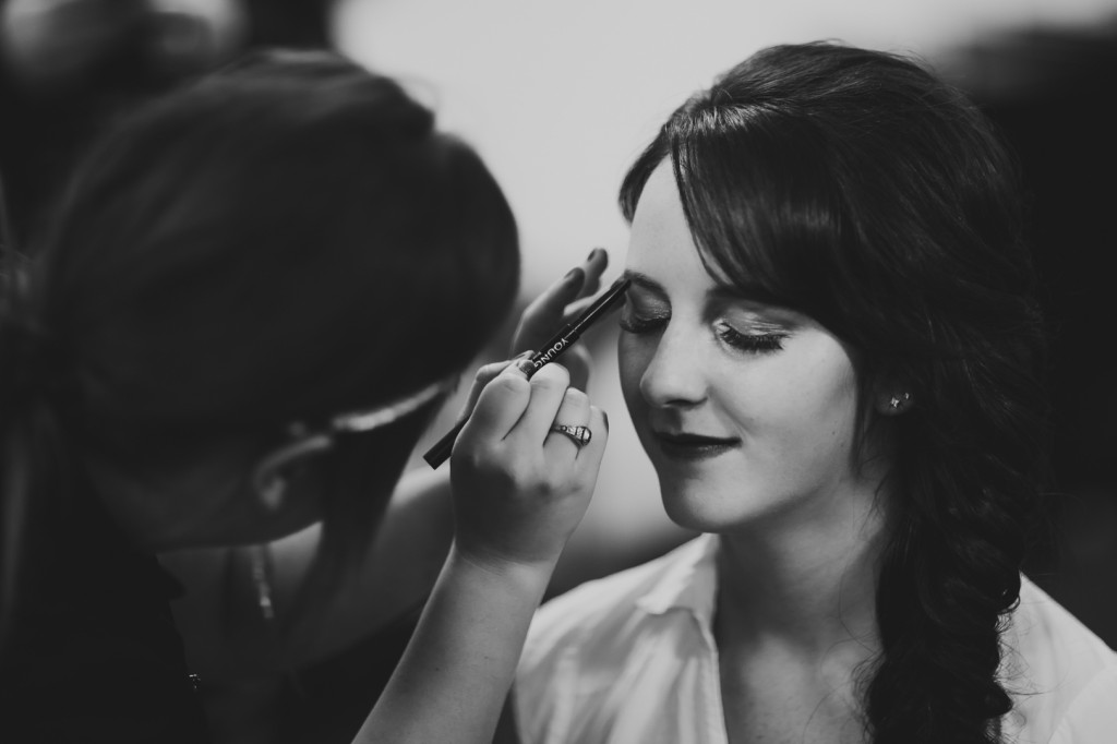 Getting Ready At Wild Orchid Salon - jasper wedding photographers