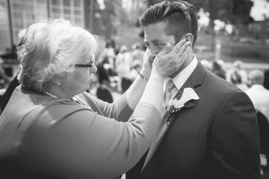 La Cite Francophone Wedding - Mother and groom