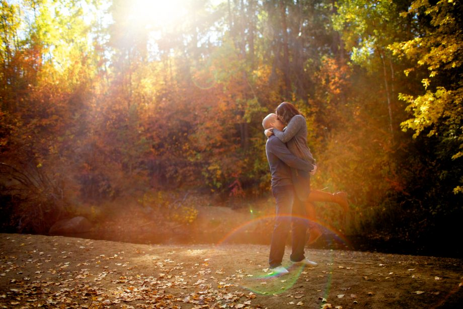 Mill Creek Ravine Engagement Pictures – Ian & Kamera