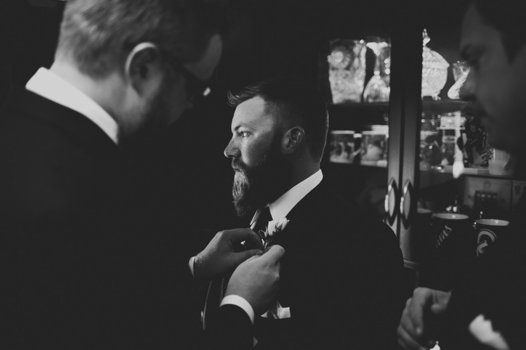 Creative Groomsmen Getting Ready Photos