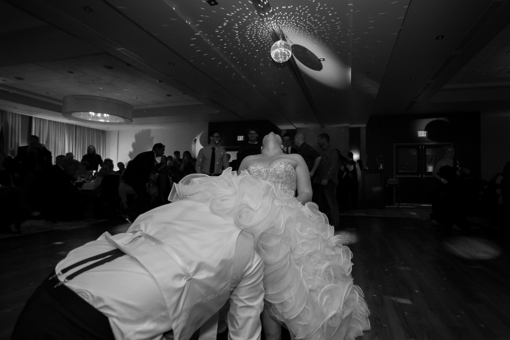 Awesome Garter Toss