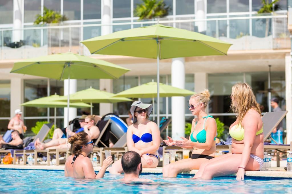 Azul Fives Resort