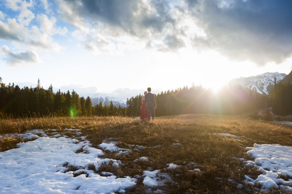 Mountain Engagement Photo Ideas