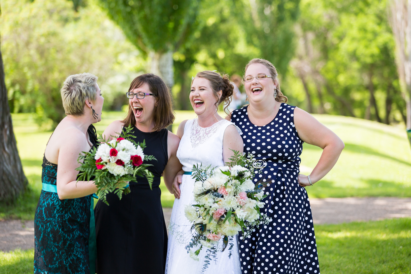 Photo of Bride and Best Friends