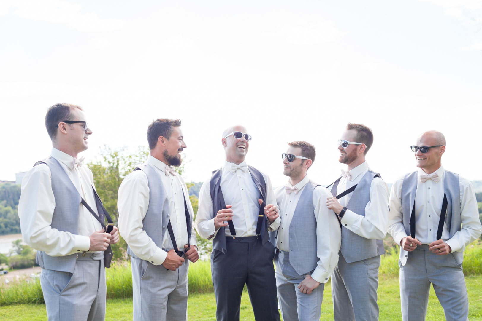 Fun Groomsmen Photos