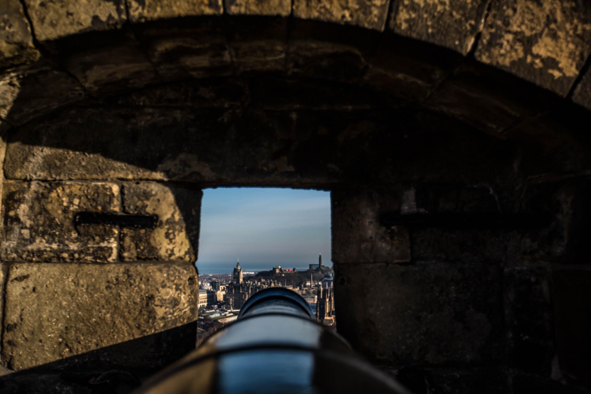 canon in edinburgh castle