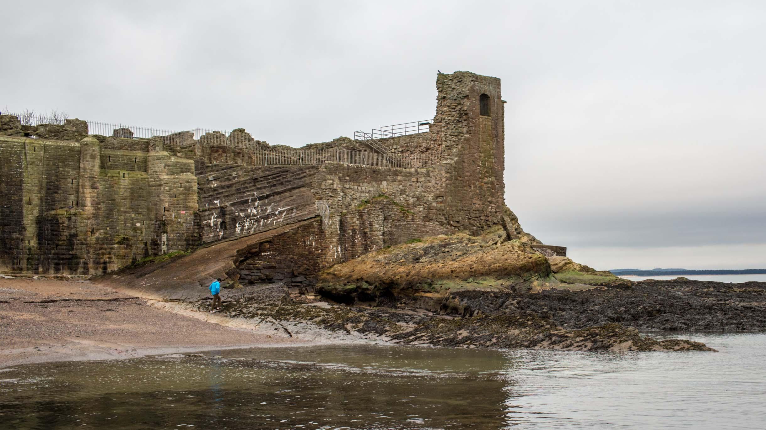 castle in st. andrews scotland