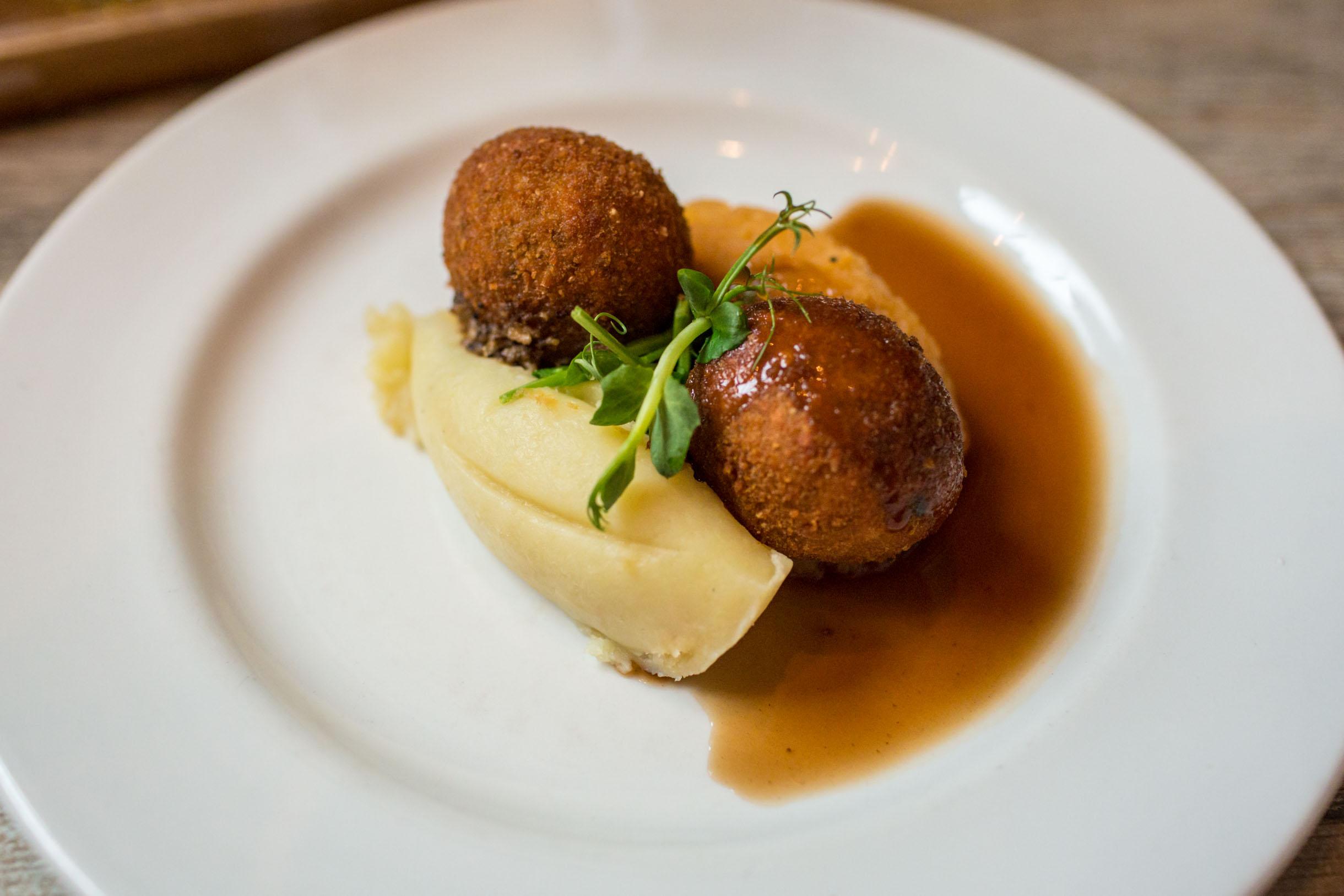 deep fried haggis balls