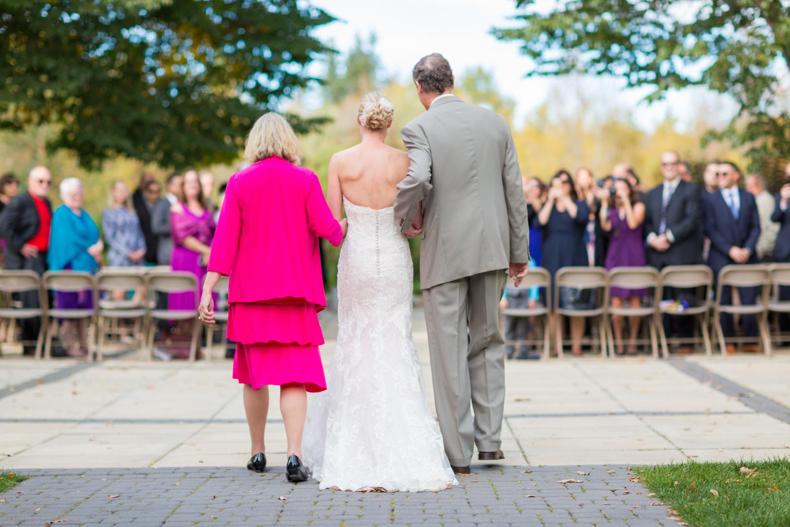 Wedding ceremony pictures at University of Alberta Devonian Botanic Garden