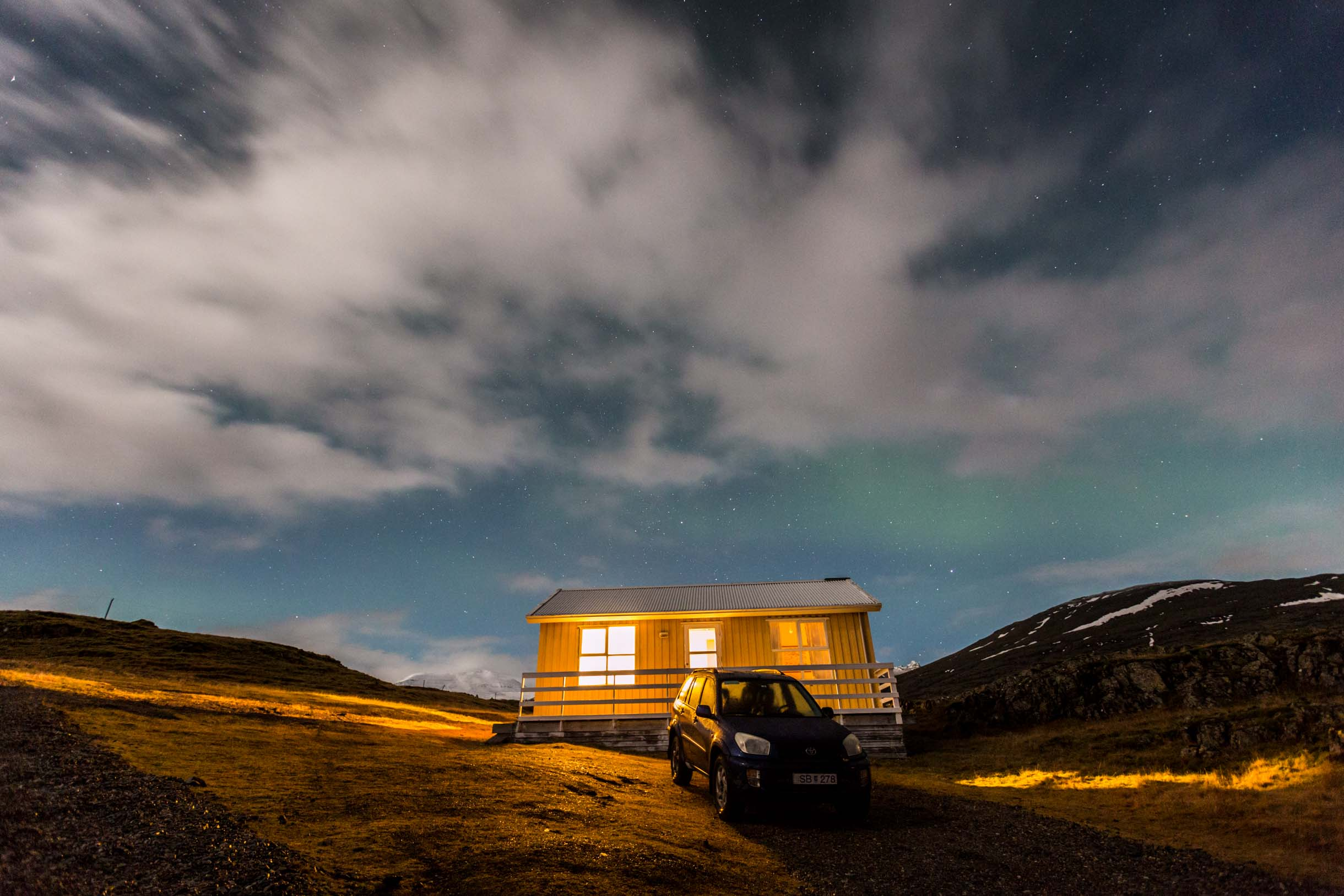 northern lights iceland hofn stafafell cottage
