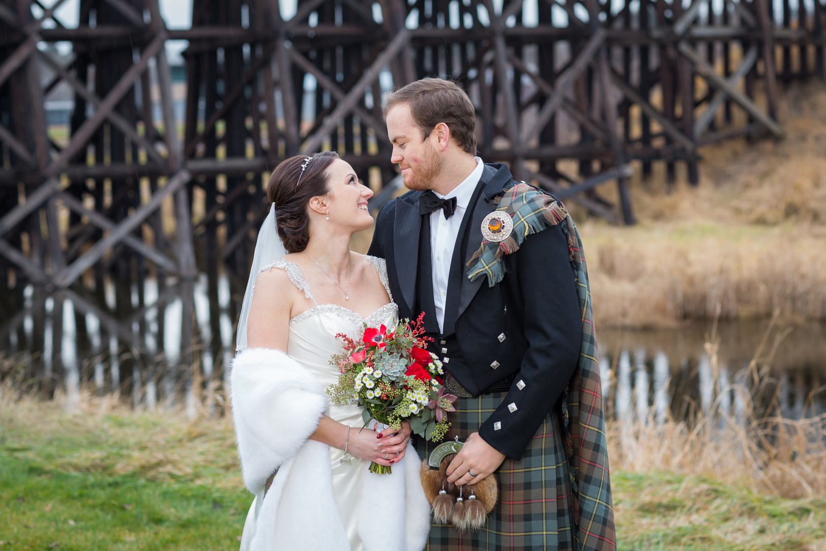 train bridge wedding photos