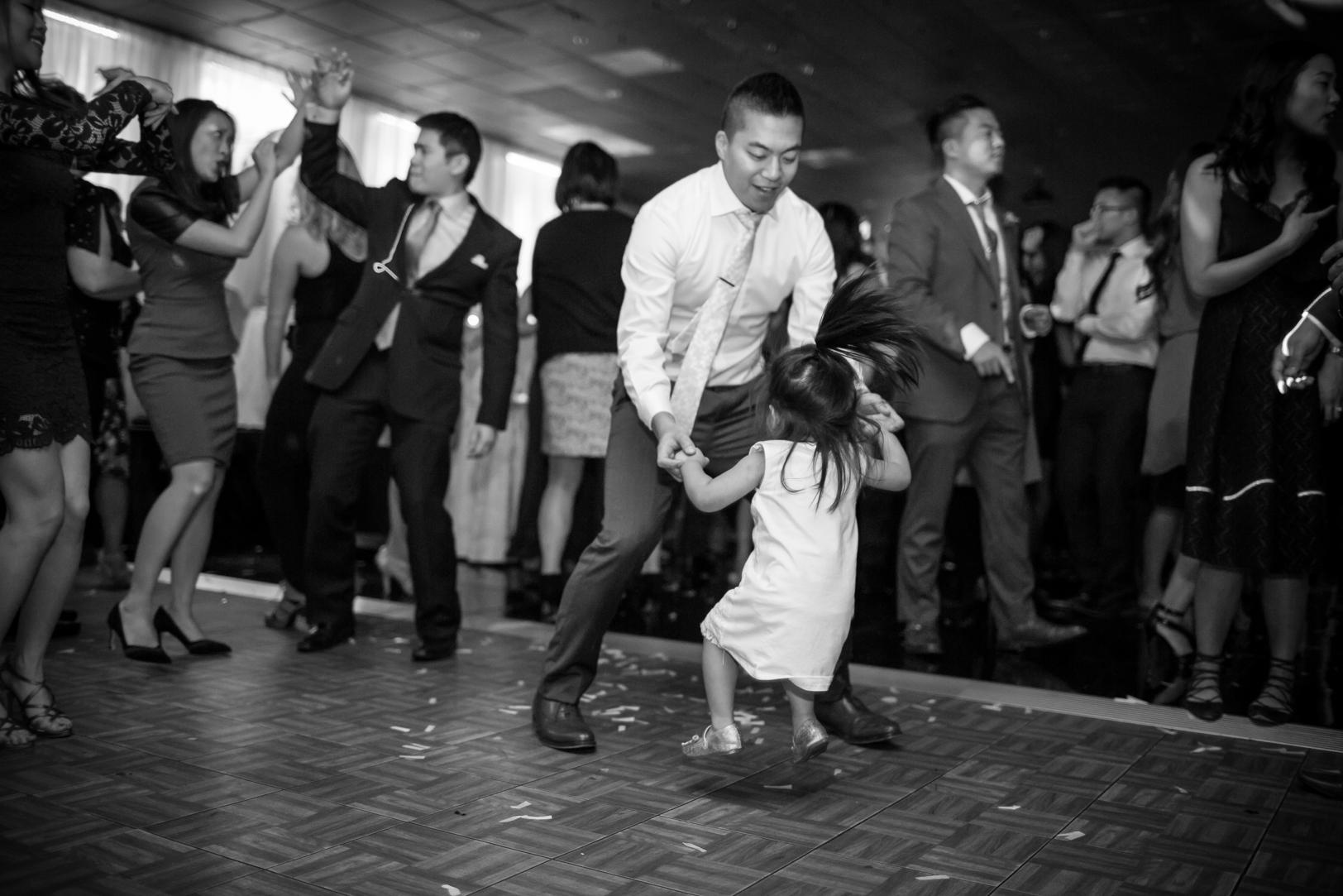 best reception dance photos
