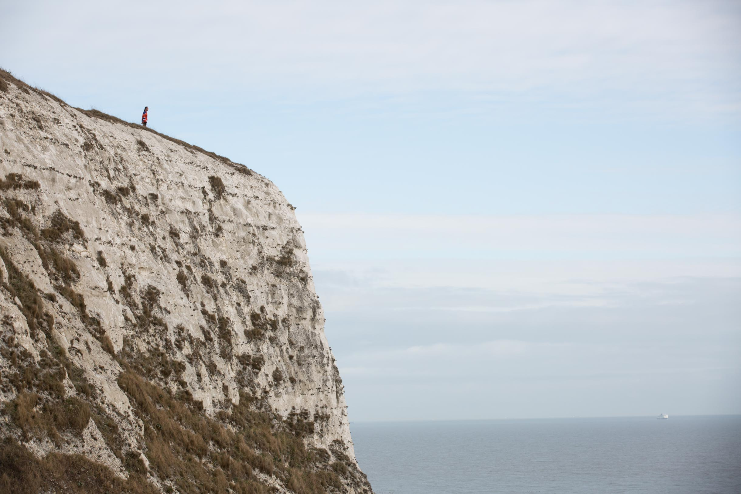 view of white cliffs of dover and ocean