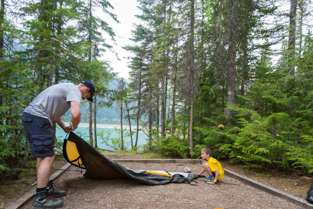 setting up a tent after backpacking with kids