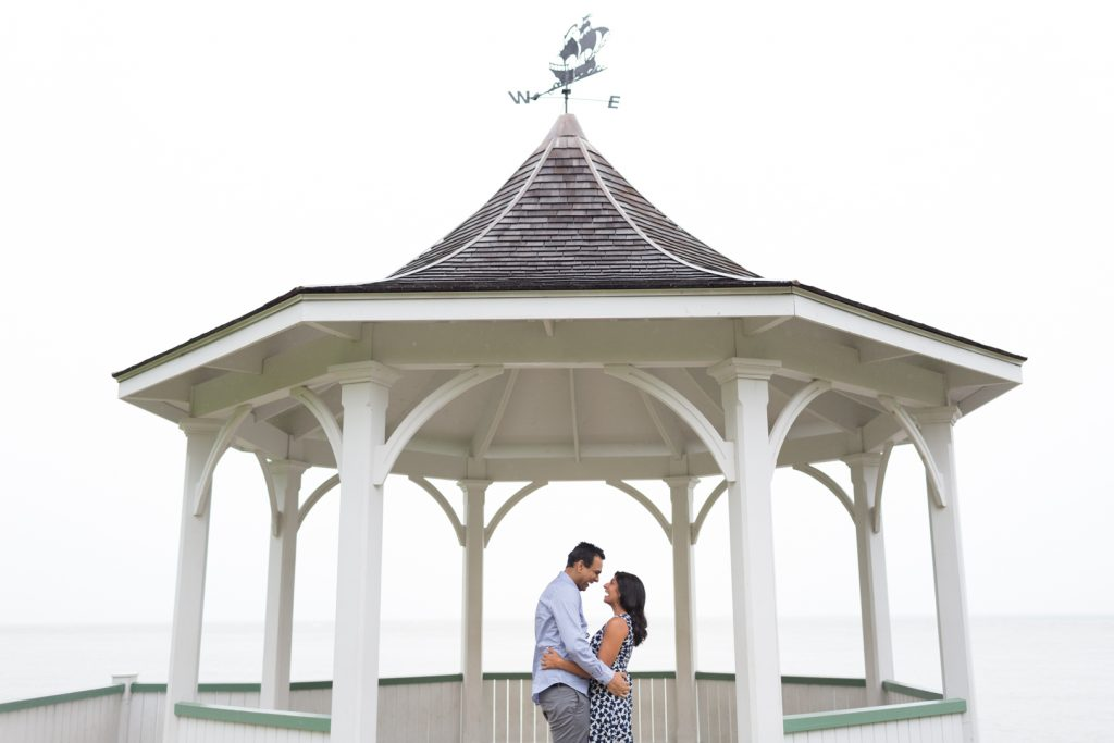 Proposal at Niagara on the Lake - Niagara on the Lake Engagement Photography