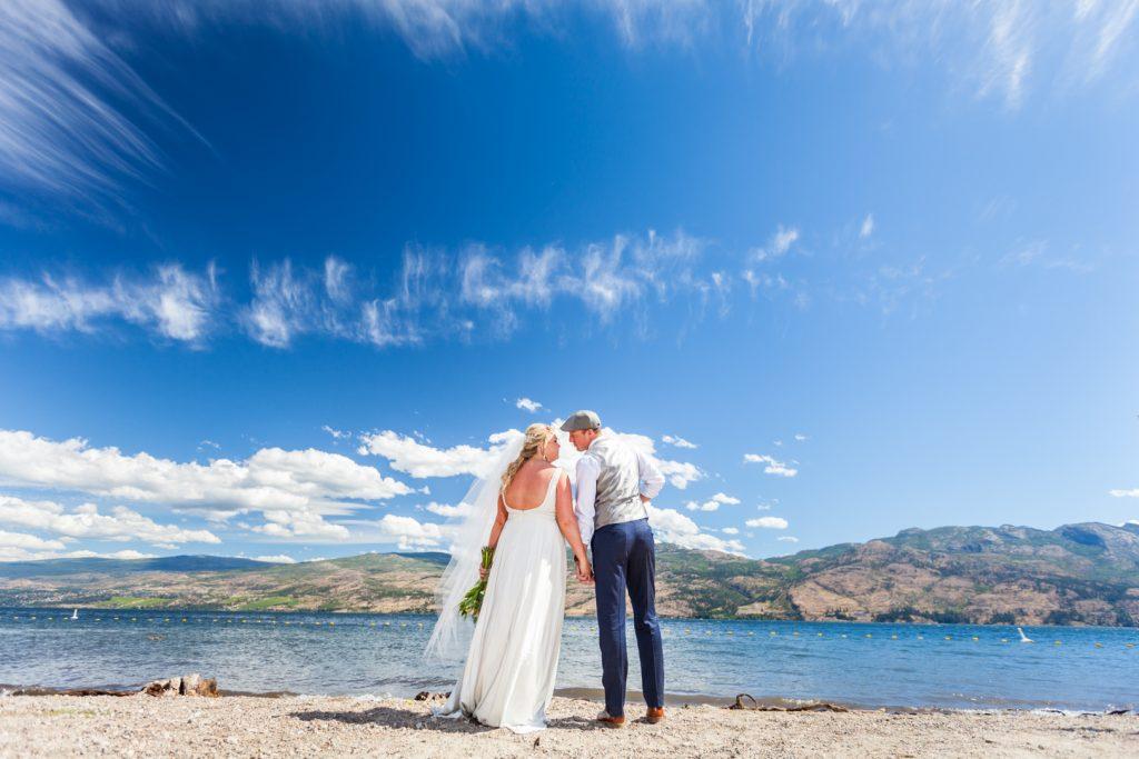 Lake Okanagan wedding photos