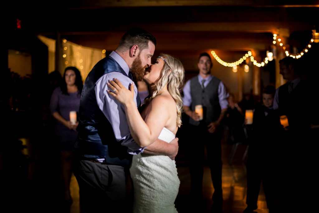 Snow Valley wedding photography by Deep Blue Photography