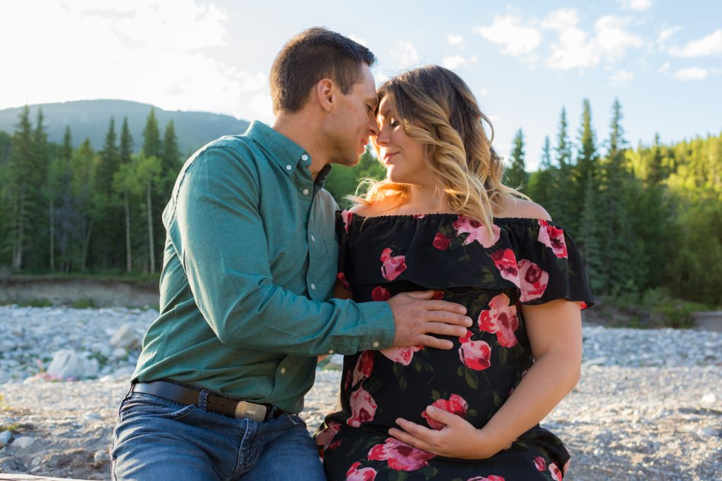 Elbow River Falls maternity pictures