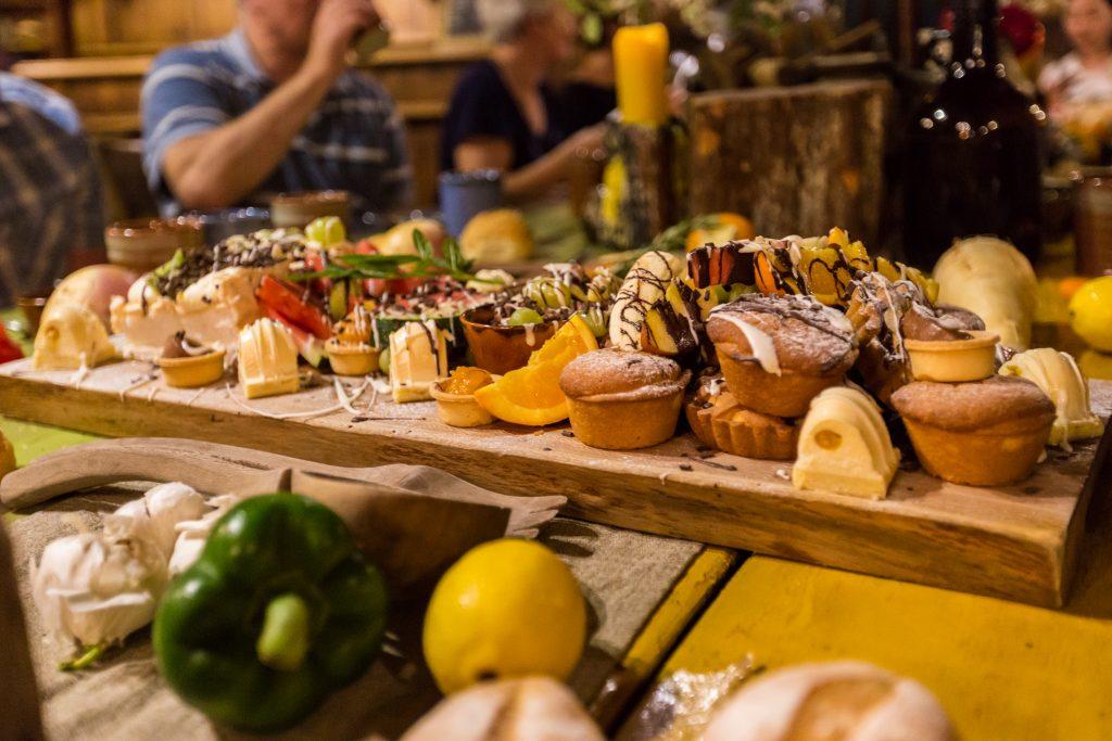 Dessert Hobbiton Movie Set Evening Banquet Tour Dinner Pictures
