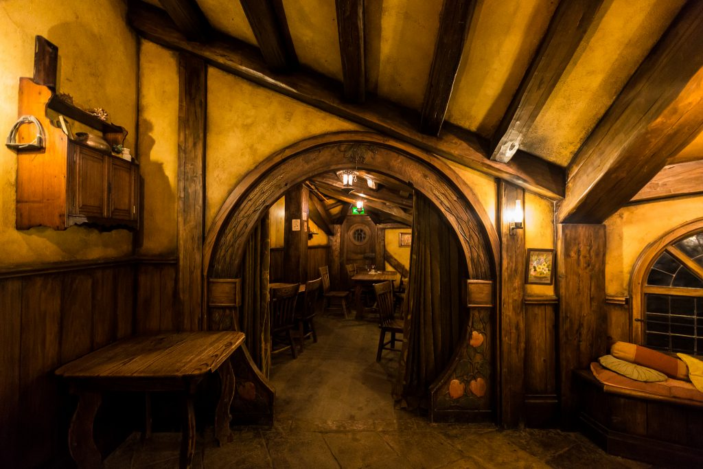 The Green Dragon Inn The Hobbiton Movie Set Evening Banquet Tour Dinner Pictures