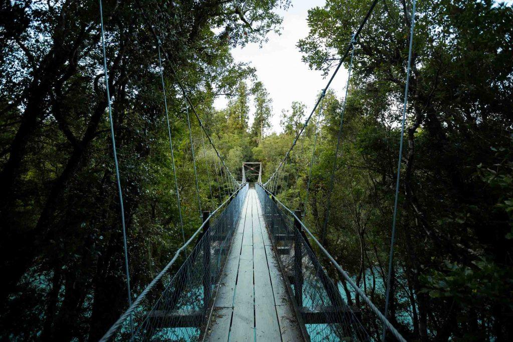 hokitika suspension bridge over the hokitia gorge