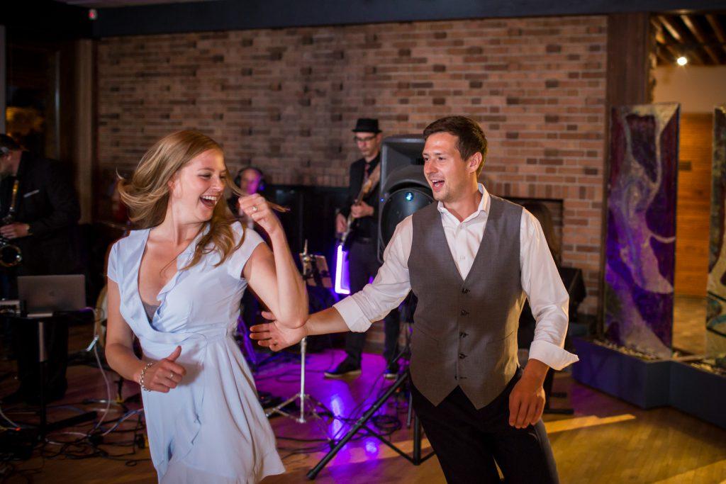 Royal Mayfair Golf club wedding dance