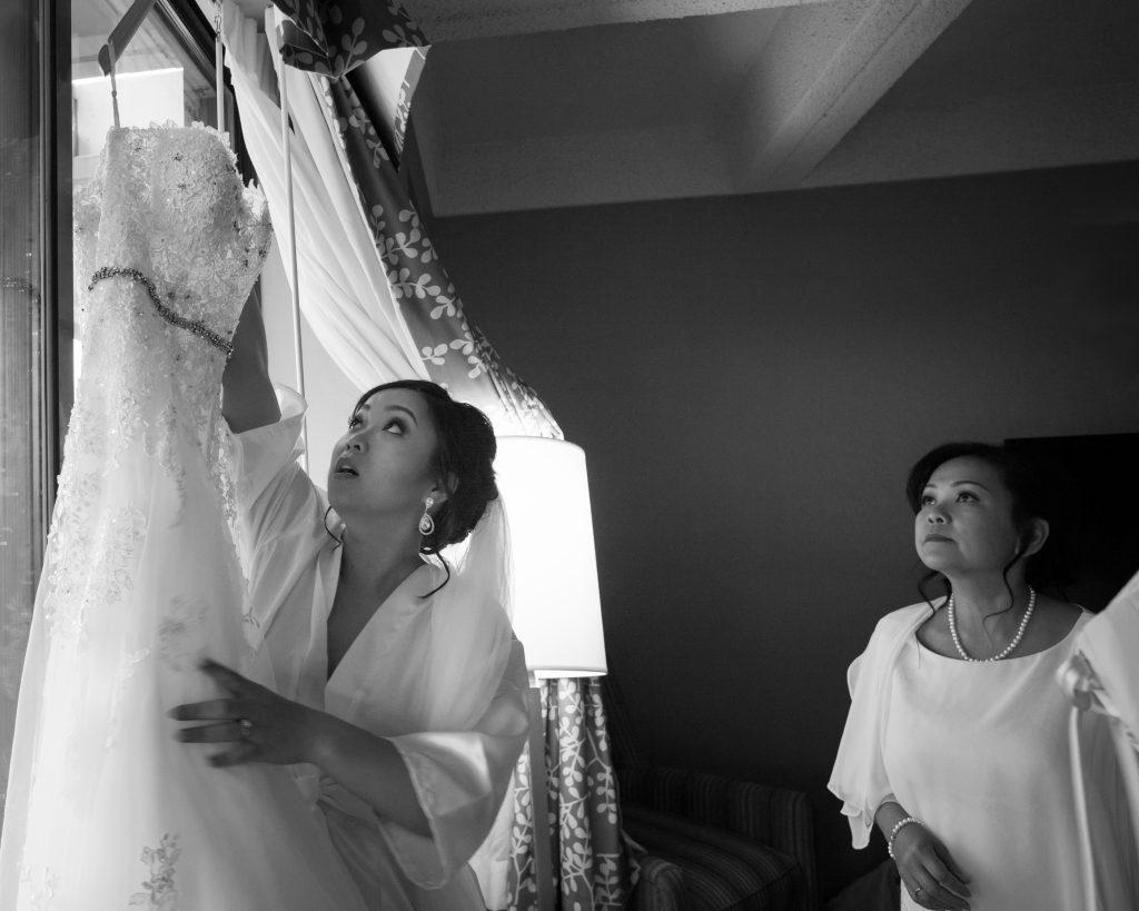 bridal getting ready photos radisson hotel