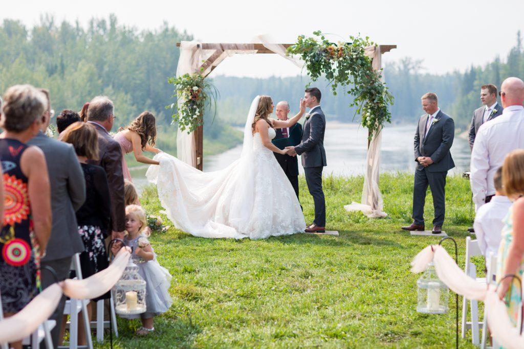 whitecourt wedding by the river