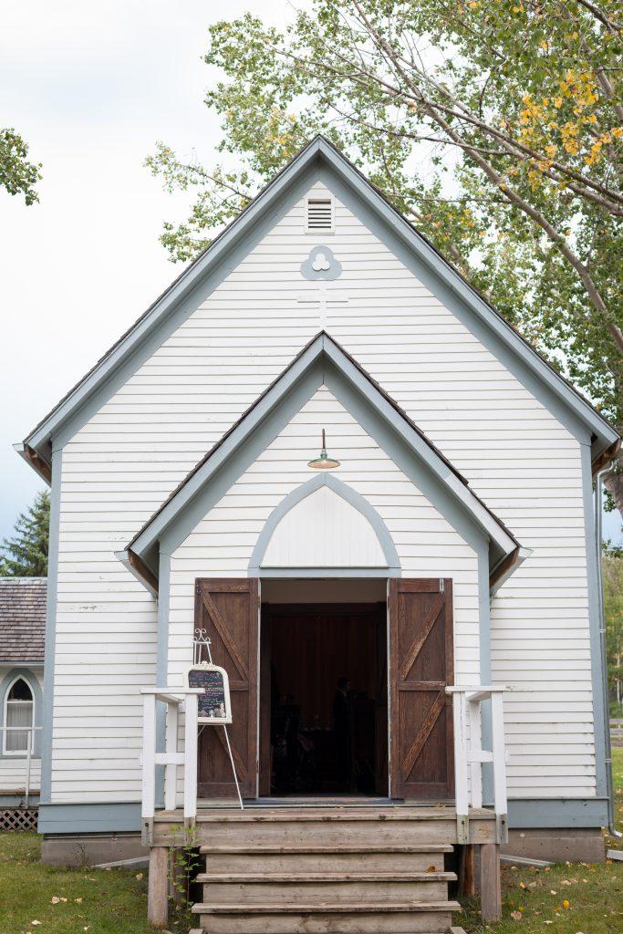 st michaels church fort edmonton park