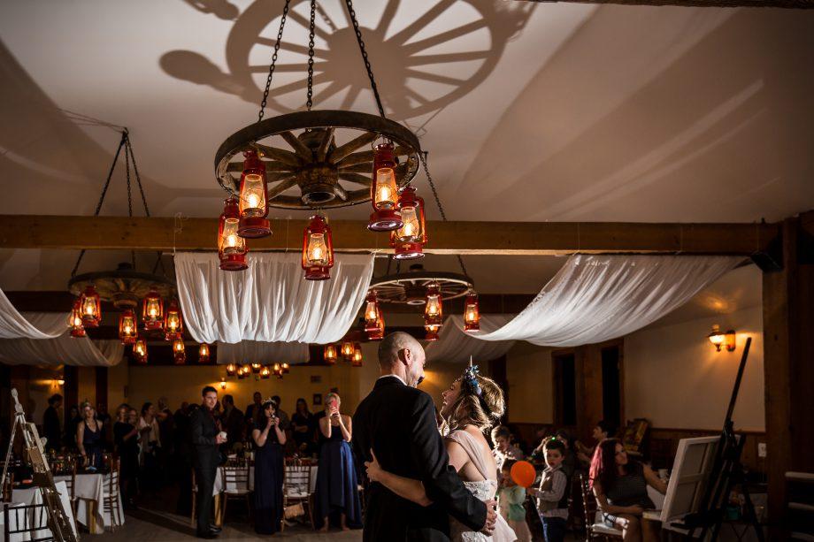 Egges Barn Wedding – Nicole & Ryan