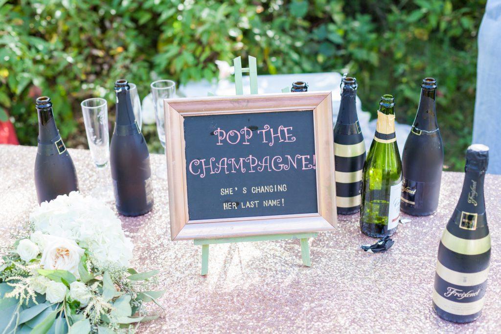 outdoor country wedding decor