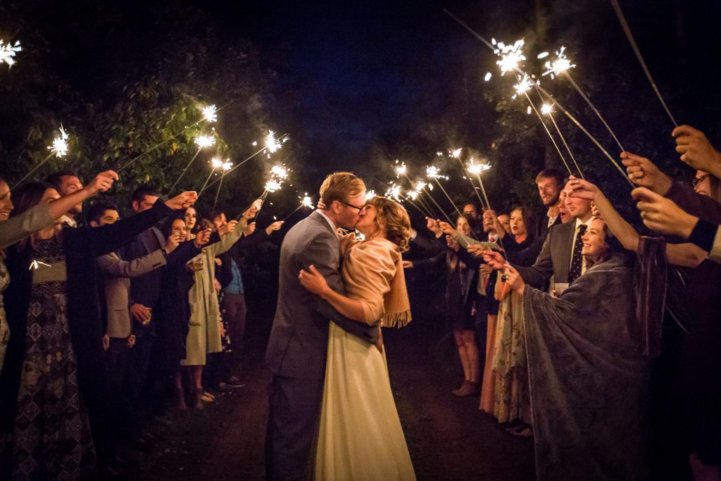 outdoor night wedding photos with sparklers