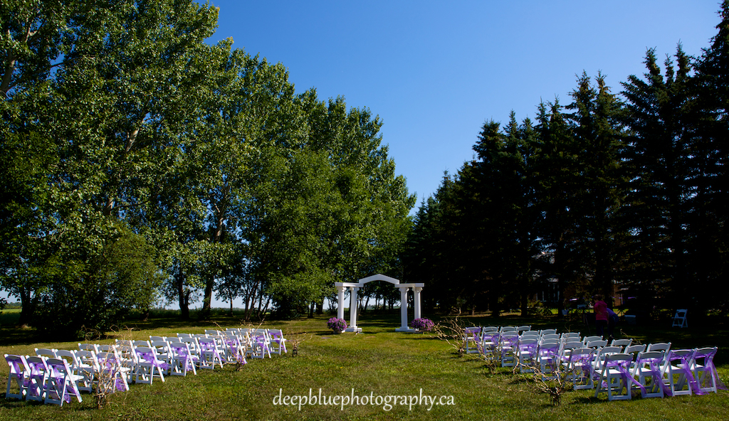 Picture Of The Ceremony For A Wetaskiwin Wedding Photography By Deep Blue Photography