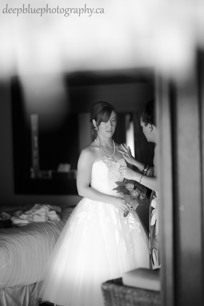 Destination Wedding Tahiti Bride Getting Ready Picture