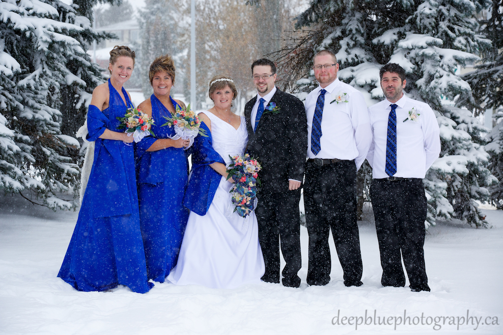 Wedding Party Pictures From A Winter Wedding Edmonton