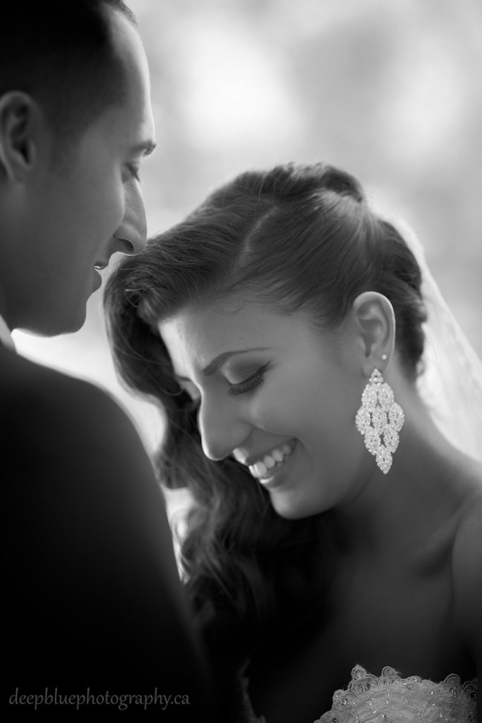 Photo of bride and groom at the Alberta Legislature
