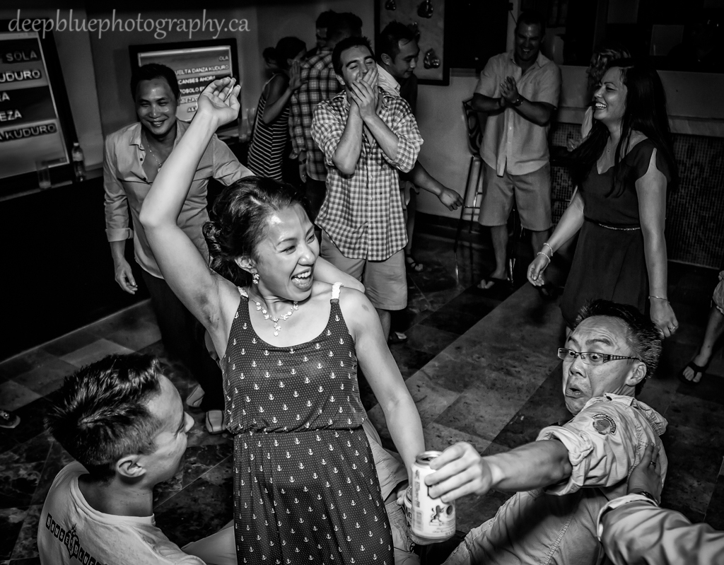 Mexico destination wedding dance
