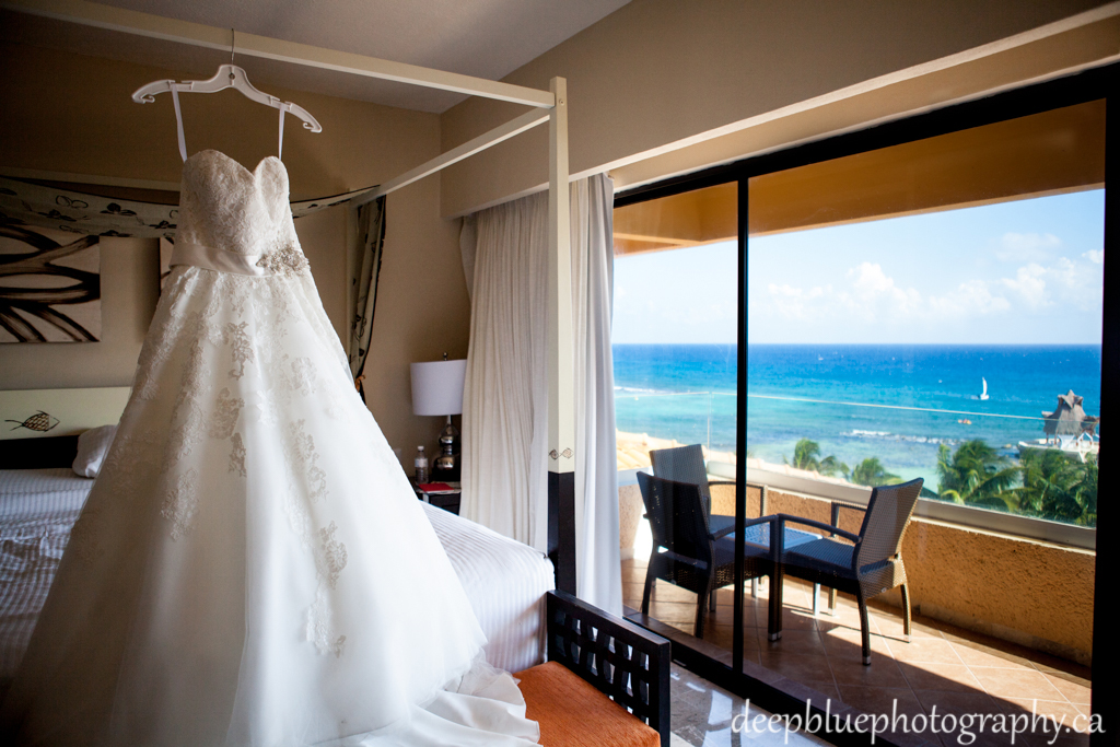Destination wedding dress By Mexico Destination Wedding Photographers Deep Blue Photography
