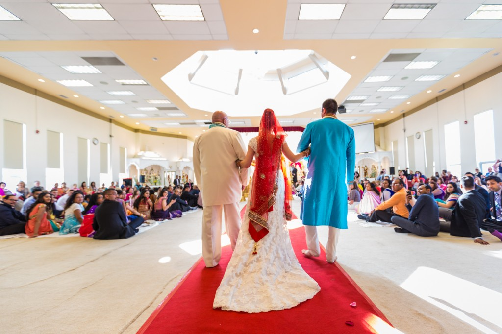 Hindu Temple Wedding Photos