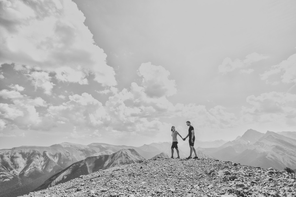 sulphur skyline engagement pictures