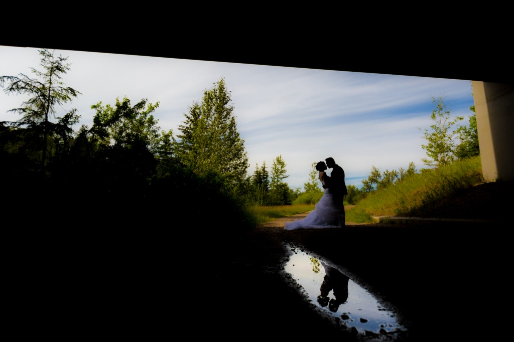 Creative Outdoor Wedding Photos