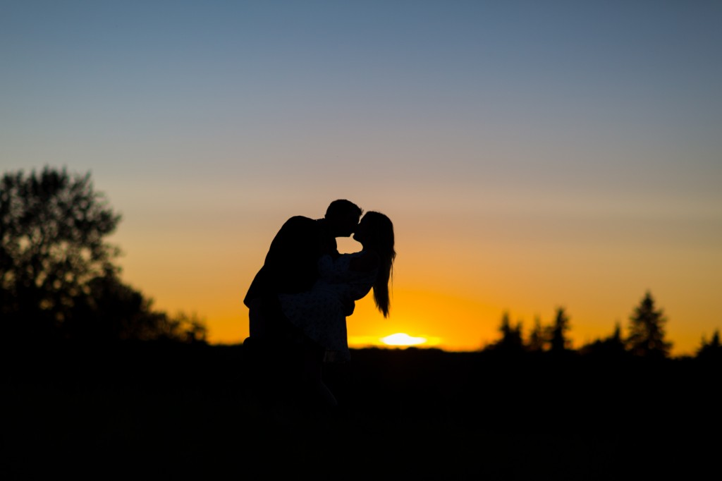 Kissing Engagement Photos