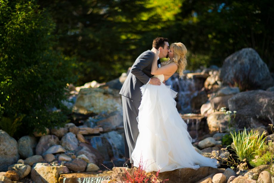 Hastings Lake Wedding – Julie & Darren