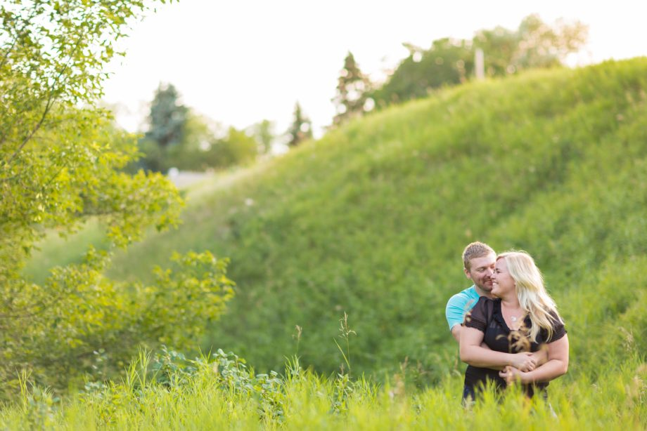 River Valley Engagement Photos – Brittney & Kyle
