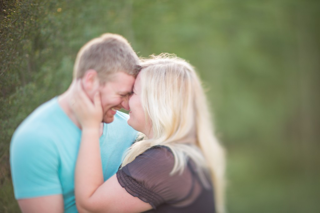 Outdoor Engagement Photo Locations Edmonton