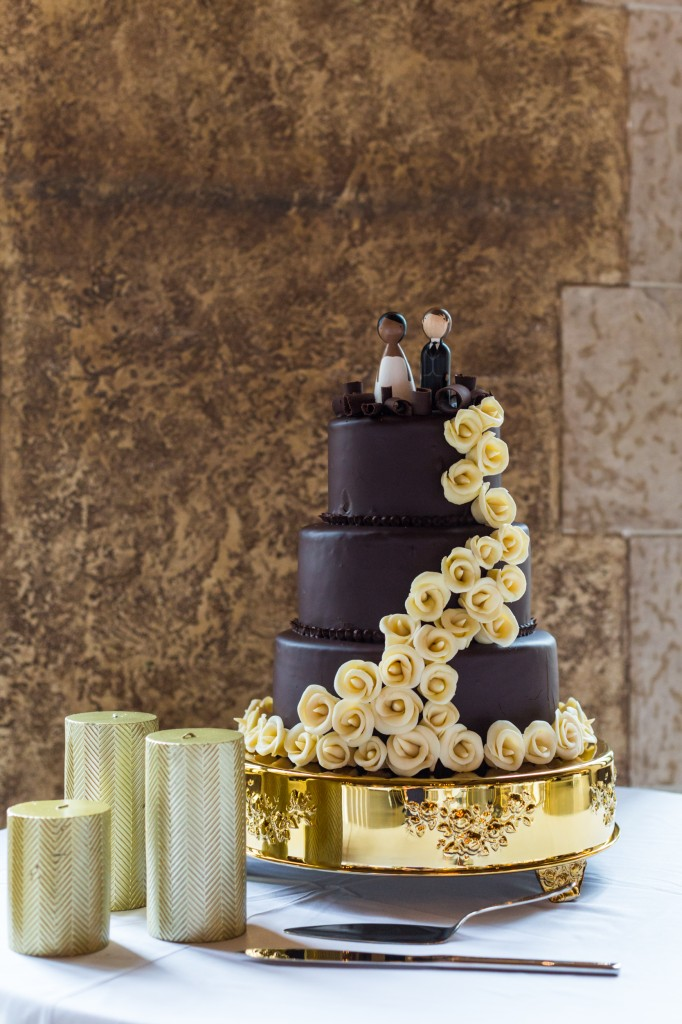 Photo of Brown and Gold Wedding Cake