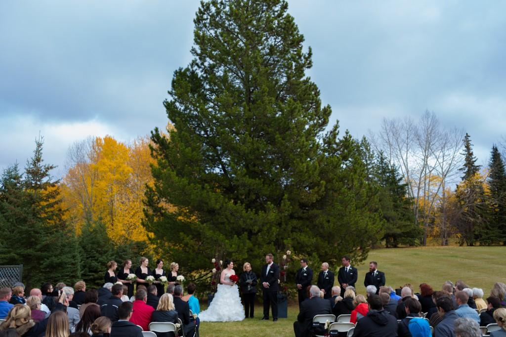 Outdoor Autumn Wedding Edmonton