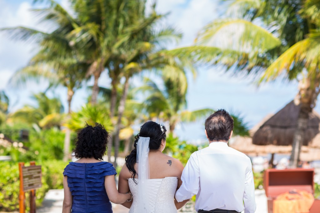 Dreams Cancun Beach Wedding